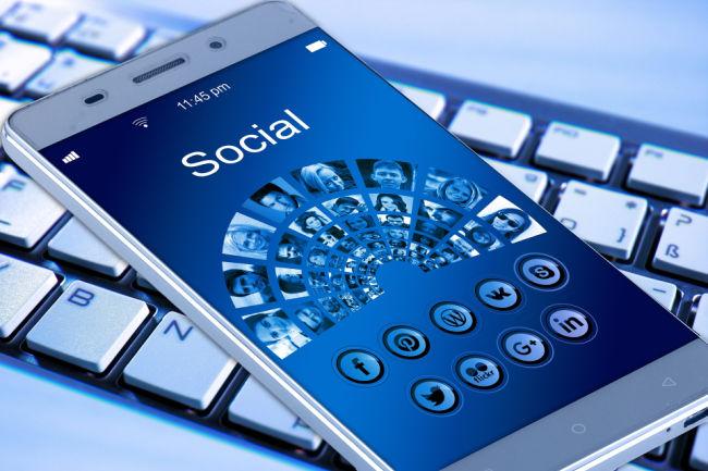 Mobile Phone Social